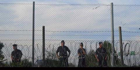 Kein Weiterkommen für Flüchtlinge: Die Grenze zwischen Serbien und Ungarn. © Amnesty International