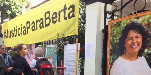 Aktion «Gerechtigkeit für Berta Cáceres» © Amnesty International