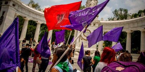 Demonstrantinnen protestieren gegen die Gewalt gegen Frauen in Mexiko Stadt im August 2019. © Jair Cabrera/NurPhoto