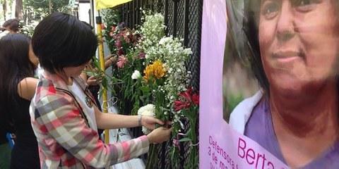 Die Ermordung der Menschenrechtsverteidigerin Berta Cáceres hat die Weltöffentlichkeit auf die Gefährdung von Land- und UmweltrechtsverteidigerInnen aufmerksam gemacht. März 2016 © Amnesty International