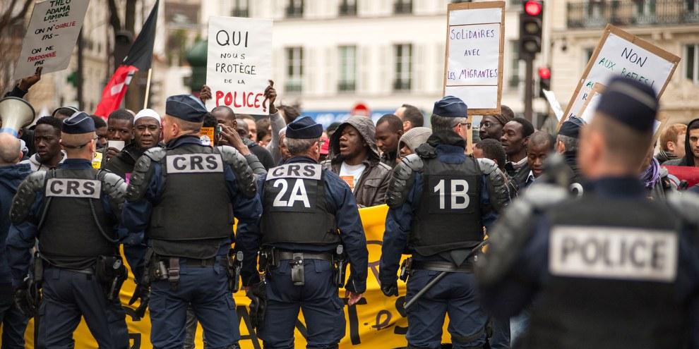 Marsch für Gerechtigkeit und Würde, 19. März 2017 in Paris © Martin Barzilai
