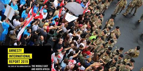 Proteste gegen die libanesische Regierung und die weitverbreitete Korruption im Land. Beirut, Libanon am 25. Oktober 2019. © Hiba Al Kallas / shutterstock.com