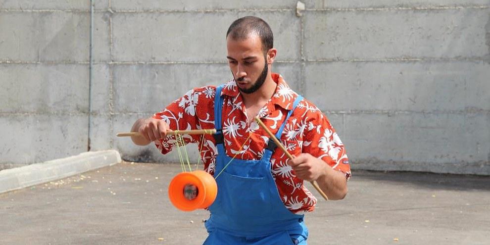 Mohammad Faisal Abu Sakha © Palestinian Circus School