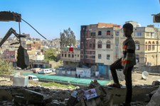 Strafgerichtshof muss Beteiligung von Rüstungsfirmen an Kriegsverbrechen untersuchen