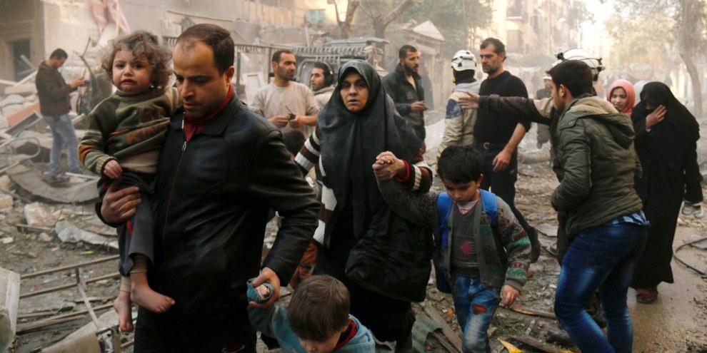 Tausende Menschen sind bei Wintertemperaturen weiterhin in Aleppo eingeschlossen. © AFP/Getty Images