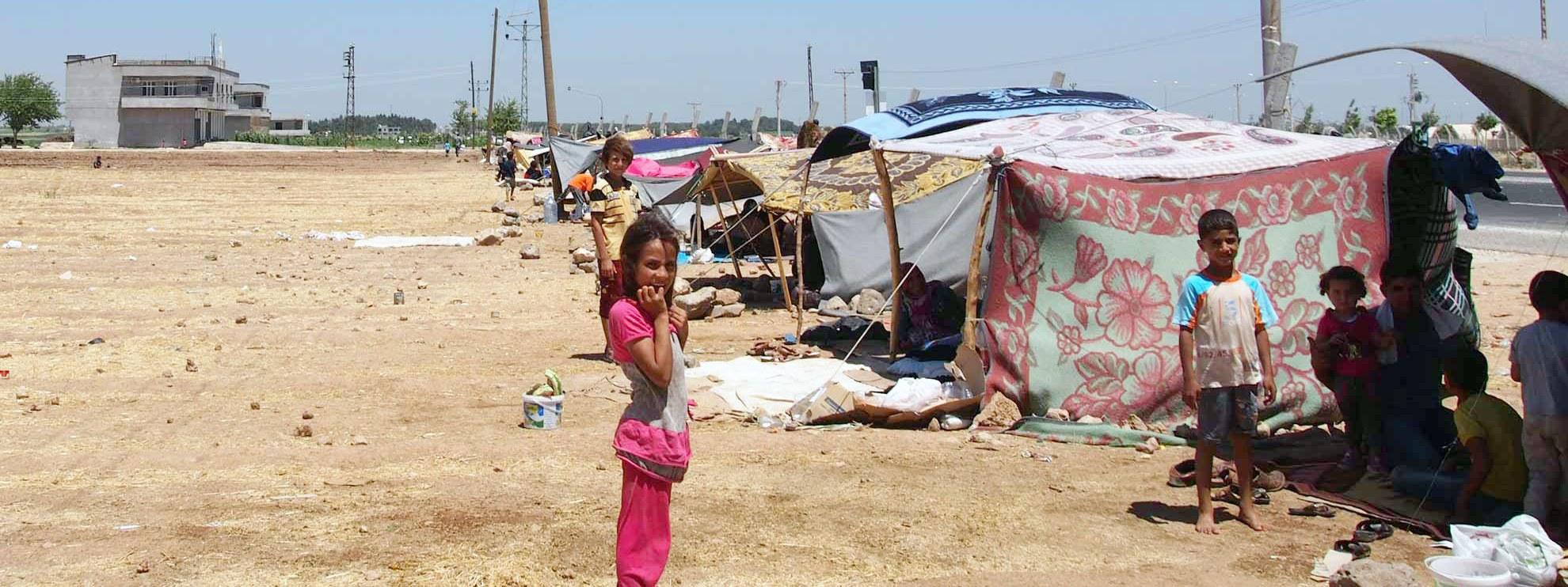 Das Akçakale Flüchtlings Camp 4 in der Türkei, nahe der syrischen Grenze. © Amnesty International