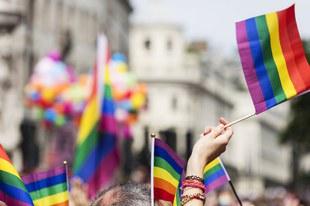 Nationalrat entscheidet sich für umfassende Gleichstellung