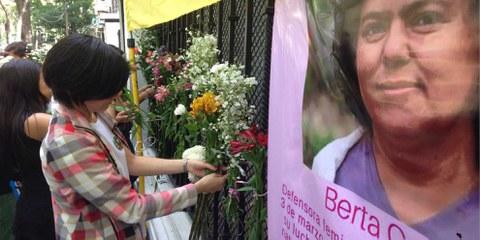 Action globale «Justice pour Berta Cáceres» © Amnesty International