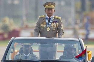 Les hauts responsables militaires doivent être traduits en justice