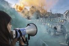 Les manifestations de masse: un signe d'espoir malgré les restrictions des droits humains