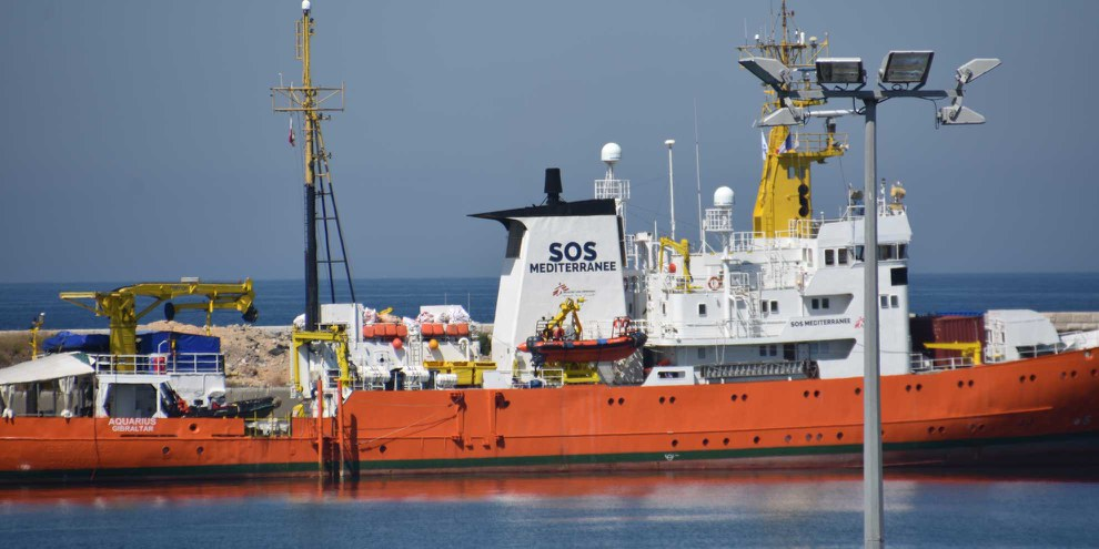 Réduire les ressources allouées aux opérations de sauvetage en Méditerranée exposera des milliers de personnes au risque de mourir en mer © Gerard Bottino / shutterstock.com