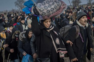 Coronavirus : les réfugiés des îles grecques doivent être évacués