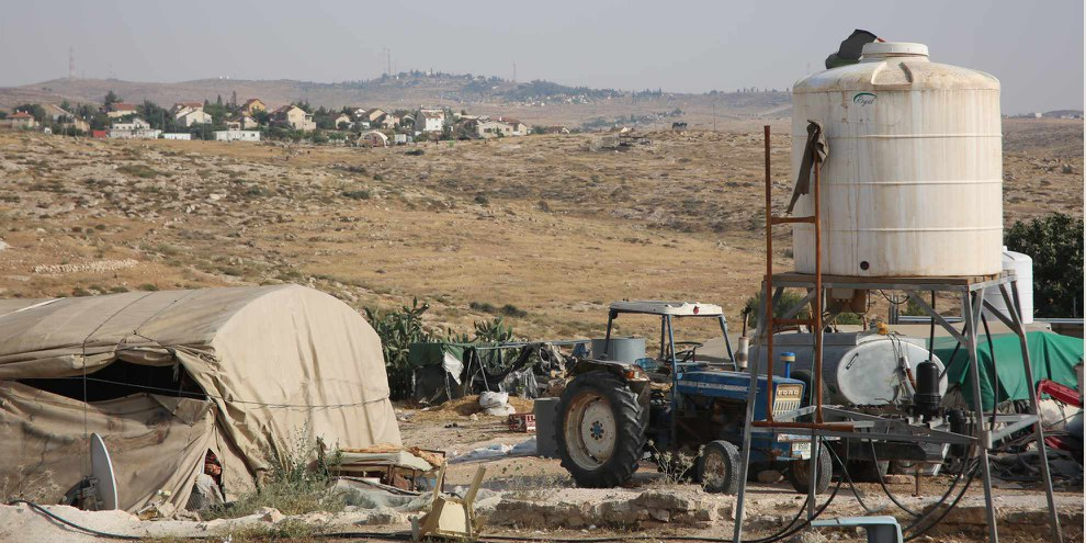 Ici, le village palestinien de Khirbet Susya, en territoires occupés, vit sous la menace de se faire détruire. © Amnesty International
