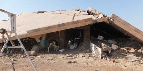 De nombreux résidents ont été forcés à quitter leur village, alors qu'aucun affrontement n'avait lieu. Tout déplacement forcé en l'absence d'un impératif militaire est une violation du droit international humanitaire.  © Amnesty International