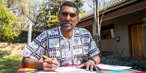 Kumi Naidoo, secrétaire général d'Amnesty International, démissionne. © Amnesty International