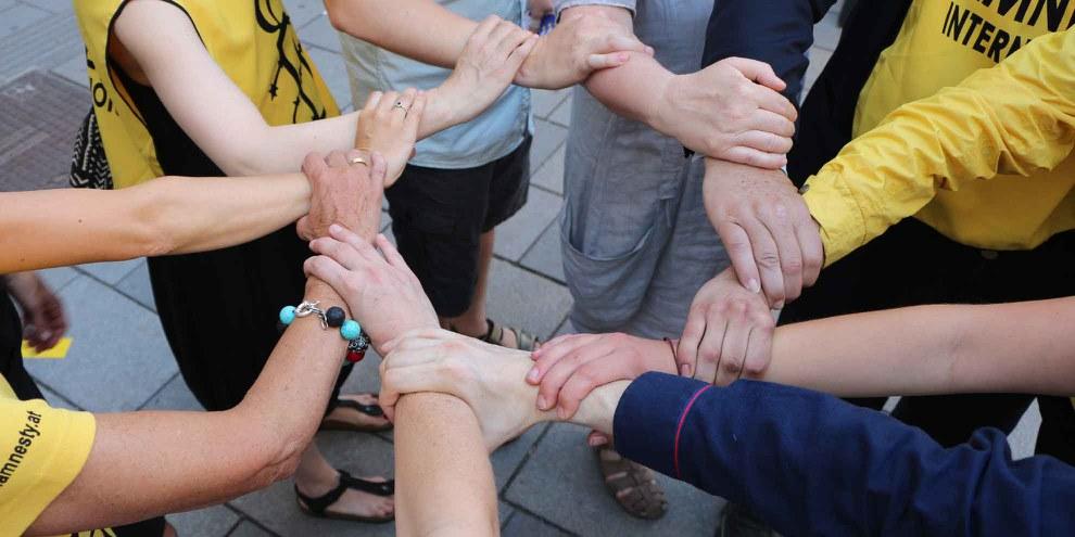 L'unité fait la force: campagne contre la torture. © Amnesty International