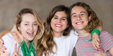 L'année dernière, des centaines de milliers de filles et de femmes se sont rassemblées pour demander au sénat argentin de dépénaliser l'avortement. Ces femmes ont participé à une vaste campagne menée par divers mouvements et organisations, dont Amnesty International Argentine. © Pablo Mekler