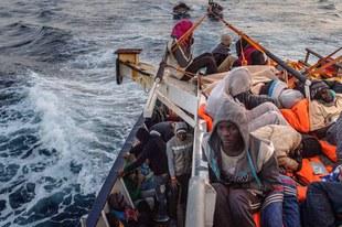 Le bilan meurtrier s'alourdit pour les réfugiés et migrants en Méditerranée centrale