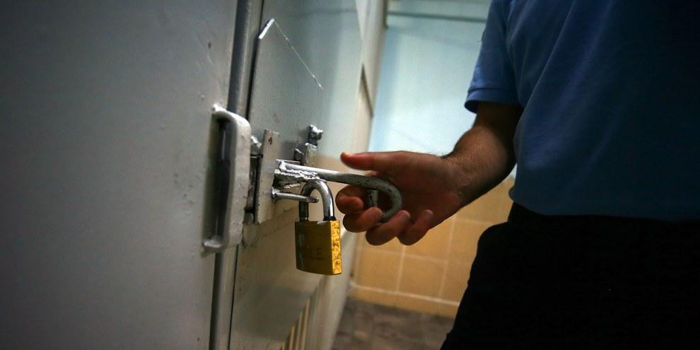 Les détenu.e.s politiques non violent.e.s n'ont commis aucun crime. Pourtant, beaucoup d'entre eux sont emprisonné.e.s dans des conditions dangereuses. ©Anadolu Agency/Getty Images