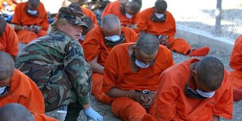 La torture dans la guerre contre le terrorisme: Guantánamo