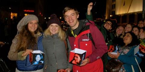 La délégation d'AMNESTY YOUTH (de g à d): Lea, Janka et le stagiaire André © Lea Schlunegger