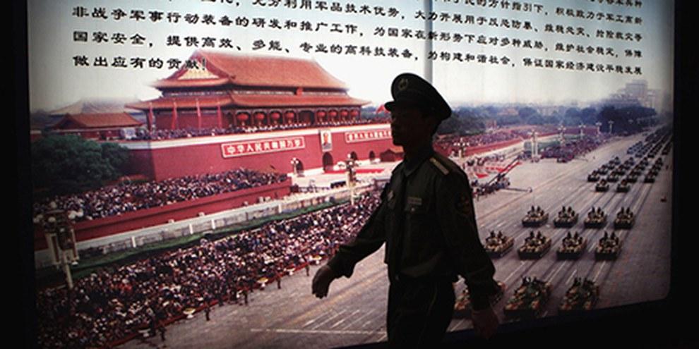 """Strumenti di tortura """"made in China""""  © Feng Li/Getty Images"""