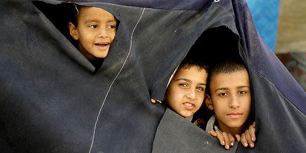 Giovani palestinesi fuggiti dal campo di Yamuk | © AFP/Getty Images